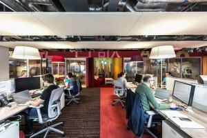 Estações de trabalho no escritório da Google