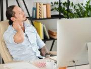 Altura do monitor ou notebook pode causar dor no pescoço